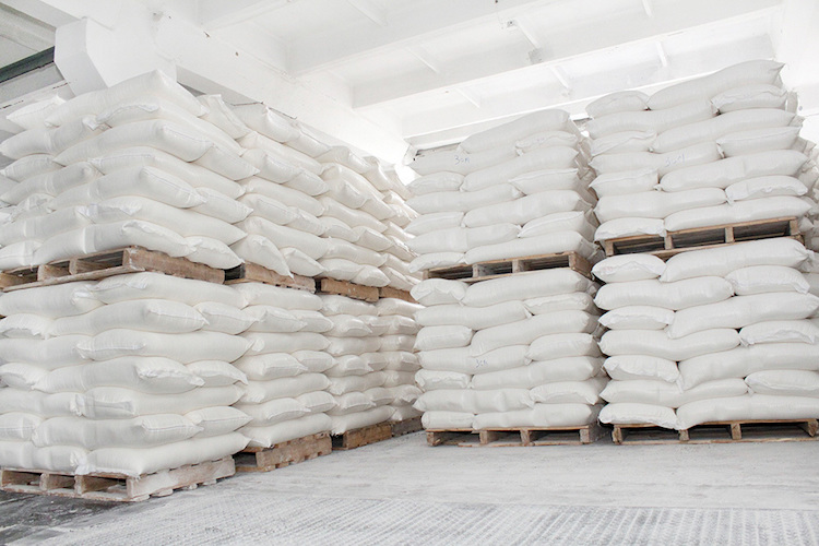 The most popular application of calcium carbonate filler in raffia is definitely woven sacks